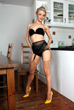 Retro housewife gets scorching in the kitchen and takes..