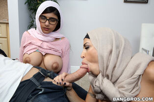 Chesty indian supersluts jizzing for dinner at BangBros
